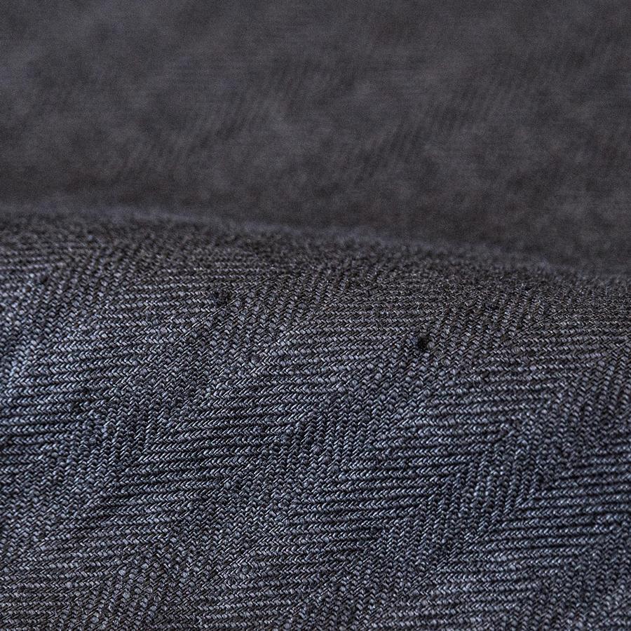 生地の糸節やネップは、リネンの繊維によるものです