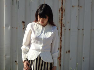 70's Lace Big Collar Blouse