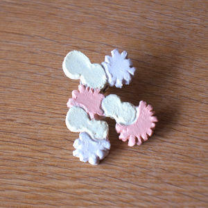 flower and butterfly race brooch (g)