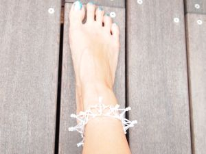 Three-dimensional Toge ANKLET[White]