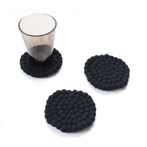 Felt Ball Coaster / Black