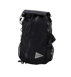 【and wander】30L back pack