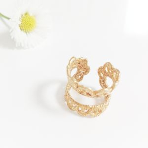 lace pinkie ring