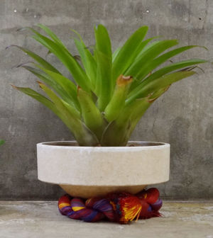 SHRINE ROPE POT L