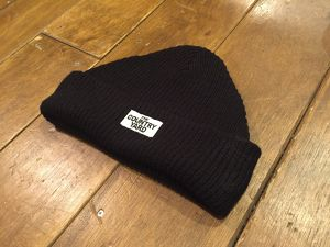 THE COUNTRY YARD SPRING KNIT Black
