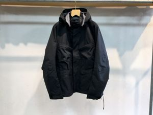 "ACRONYM""J56-GT 3L GORE-TEX PRO INTEROPS FIELD JACKET BLACK"""