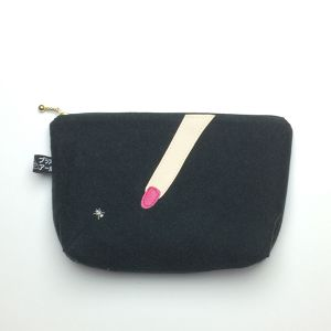 Look at this-pouch-黒2