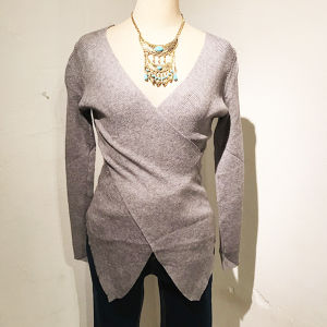 V Neck Knit / Gray
