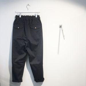 FIRMUM 【フィルマム】 COTTON POLYESTER WEST-POINT TWILL TAPERED  PANTS