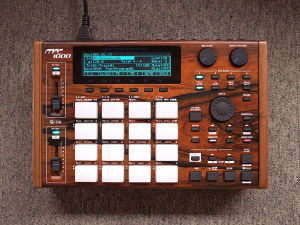 "MPC1000 ""Jacaranda"" custom by ghostinmpc"