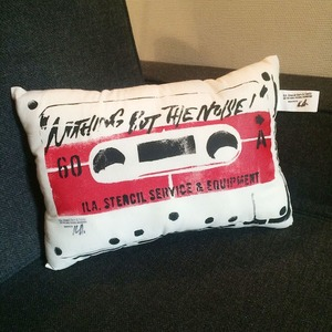 ILA. CASSETTE TAPE Cushion i-CTC-01 red