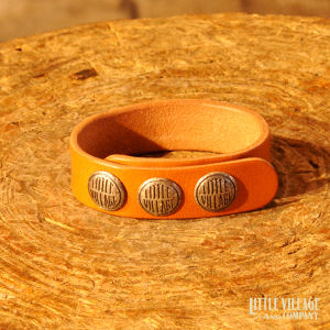 """Leather Bracelet w/ 3 Buttons / """"S,M"""" / Silver 925 / Natural"""