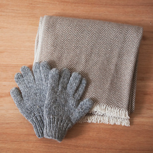 Mother's Hand Made Glove - Grey -