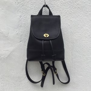 OLD COACH leather back pack