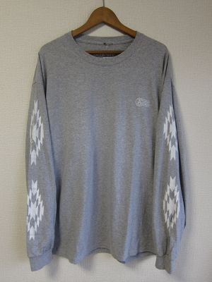 A WAGON SHOP : CHIMAYO L/S TEE <GRY>