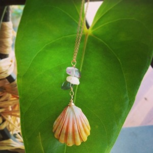 Sunrise shell * Necklace