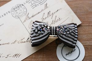 mococo feather ribbon barrette