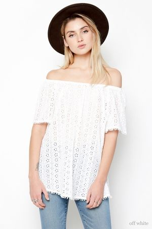 Ladys Off The Shoulder Eyelet Top(Los Angeles Brand)