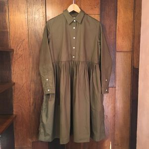 "《送料無料》""SETTO"" gather shirt one-piece ( olive green )"