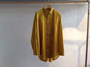 """WHOWHAT""""WIDE SHIRT MUSTARD"""""""