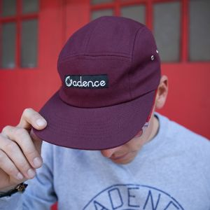 CADENCE FINN 5-PANEL HAT - Burgundy