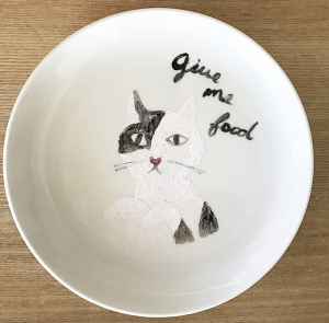 Give me food CAT plate 白黒ねこ
