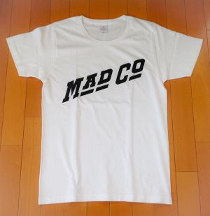 MAD COMPANY T-Shirts WHITE