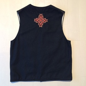Embroidery wool vest / Large / Black