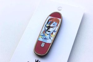 PRIME GONZ BOWIE COLLECTIBLE PIN PINK デヴィッド ボウイ ゴンズ