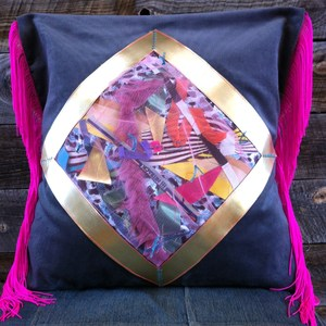 deco pillow/tamatebako