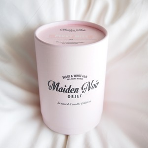 Maiden Noir Candle // Perky Miss (Powdery) M