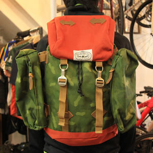 【30%OFF】POLeR OUTDOOR STUFF The Rucksack / Camo/Orange