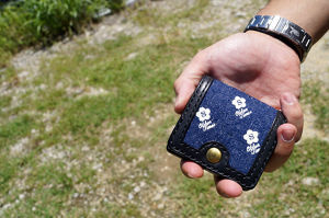 SAKURA LOGO NEP DENIM LEATHER COIN CASE