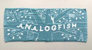 Analogfish x stomachache.『Fishy Tree Towel』