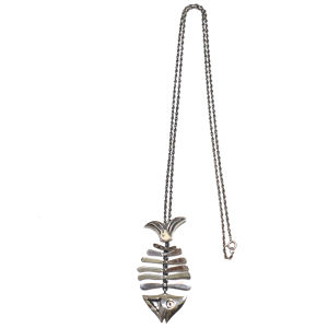 Vintage Sterling Silver Mexican Fish Bone Pendant Necklace