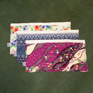 リバーシブル寝袋 54cm×28cm (全8柄) - Reversible Cuddle Sack (54cm * 28cm)/8 types