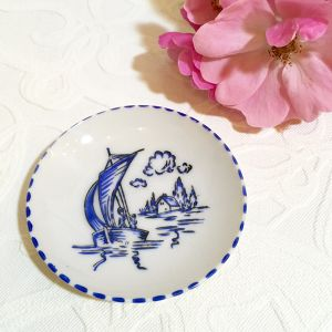 50's-60' Vintage Hand Painted Mini Plate   [CPV-17]