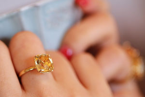 Citrine quartz ring