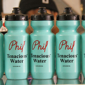 PHILWOOD tenacious water bottle