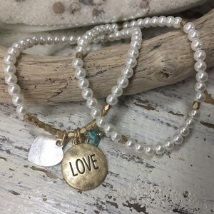 """LOVE"" Message Pearl Bracelet (CB1011)"
