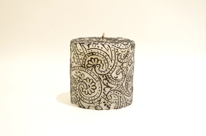 BeeMyCandle Paisley Piller/Black