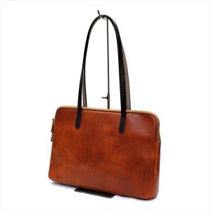 BAGGY,S ANNEX OIL BAKETTA TOTE <CAMEL>