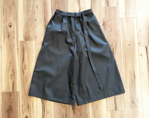 EASY WIDE SHORTS(CHARCOAL GREY)