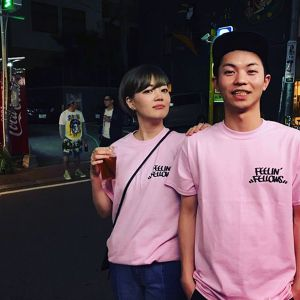 FEELIN' FELLOWS TEE (PINK)