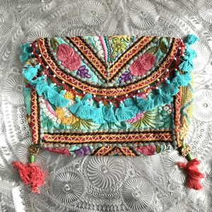 """Like A Perfume"" Fringe Clutch Bag #4"