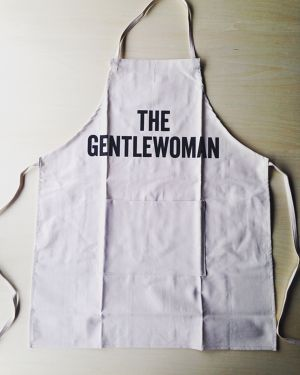 The gentlewoman / dresssen apron adult.