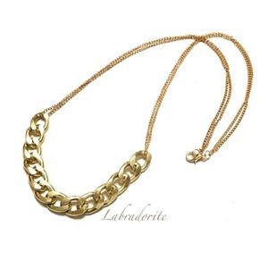 n-20:Gold Chain Necklace