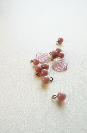 little lamps ガラスビーズで何作ろう:) * What shall I make with 'Glass Beads by little lamps'