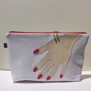 Hand pouch_wh2