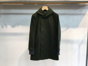 "CURLY""FROSTED HOOD COAT OLIVE"""